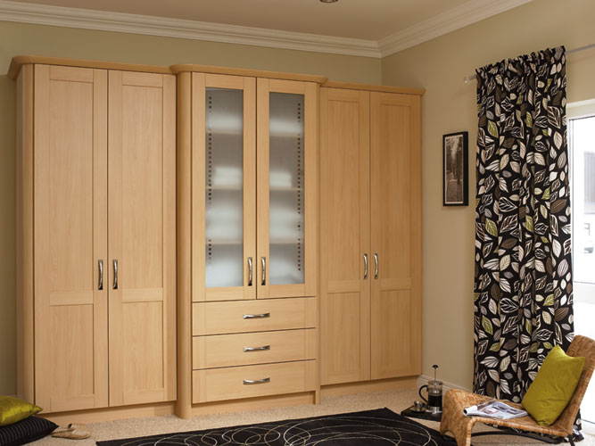 Wardrobe woodworkers for Kitchen wardrobe design