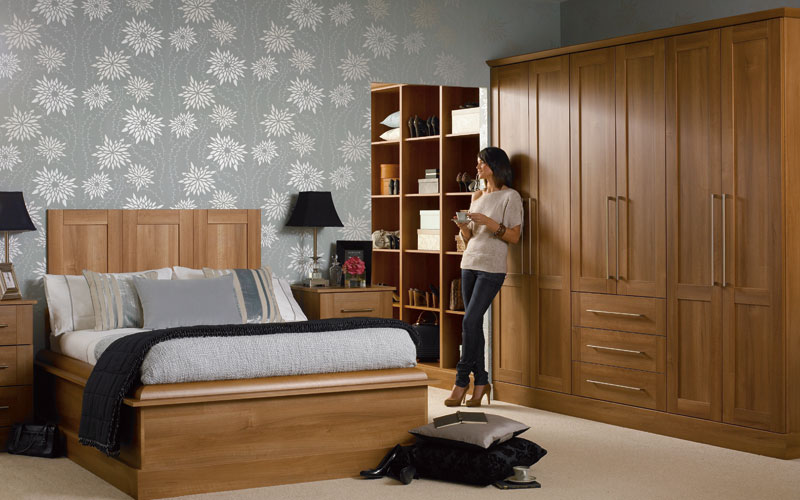 tuscany_medium_walnut_set.jpg